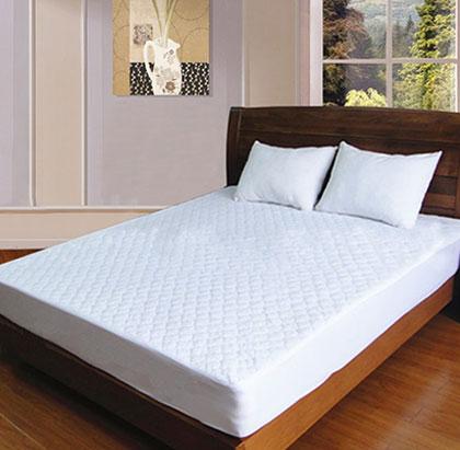拉毛布夹棉绗缝防水床罩