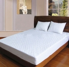 napped fabric quilted waterproof mattress protector